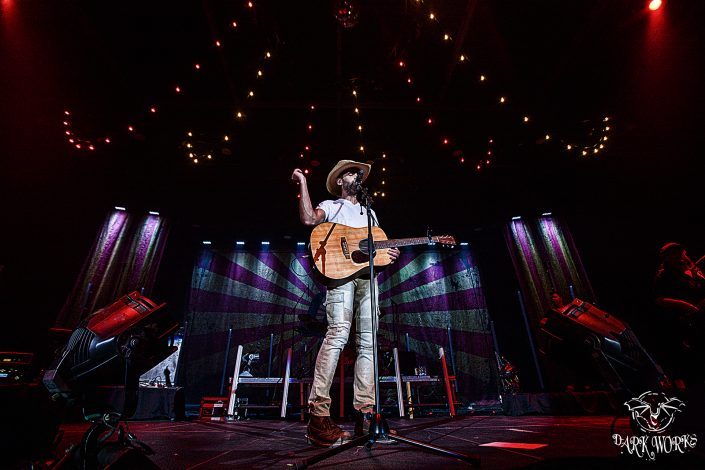 Dean Brody - photography - concert - abbotsford