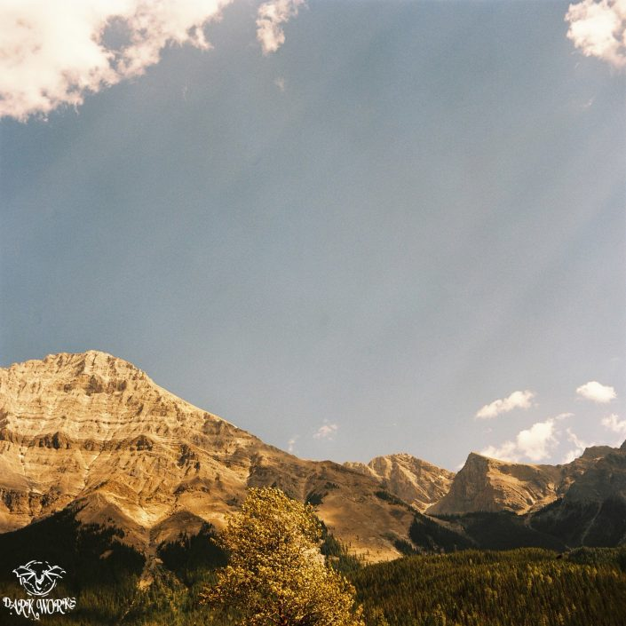 35mm - 120mm - Film - Mountain - Sunrays - Banff - Alberta - Photography