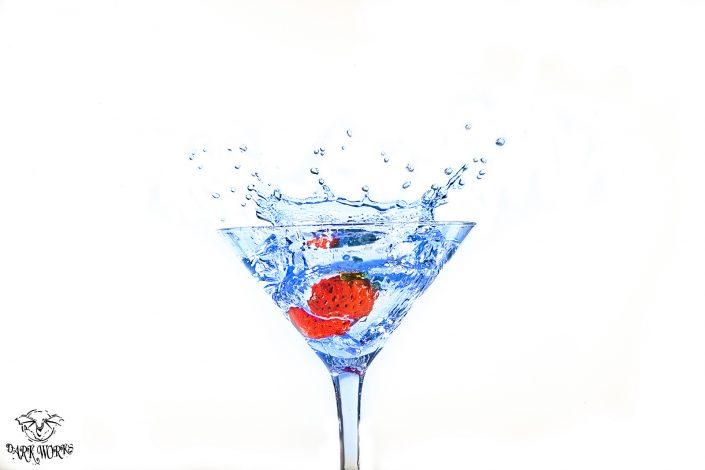 artwork - martini - kiwi - water - splash - strawberry - photography