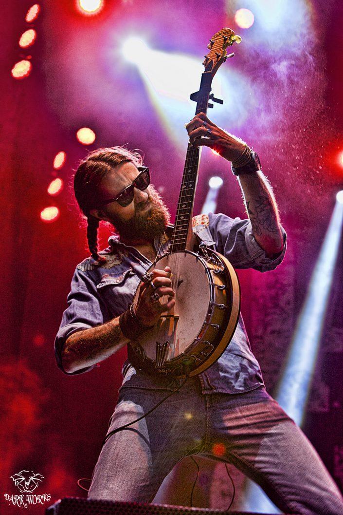 Mr Matthew Rose-Vancouver-PNE-Concert-rock-country-banjo-britishcolumbia-dallas smith