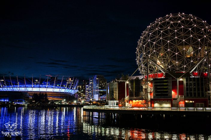 Science centre - BC Place stadium - Vancouver - BC - British Columbia - ocean - lights
